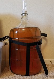 A picture of a melomel variety of mead.